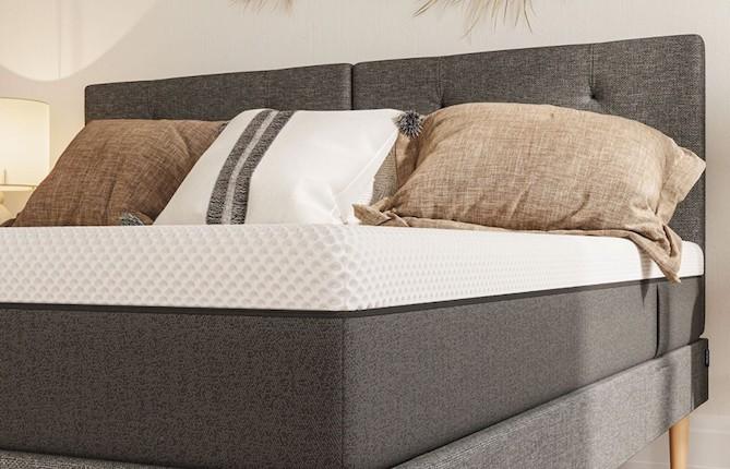 Universal Bild Bett